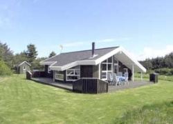 Holiday home. Built in 1997. Situated on a 2500 qm site. The house is heated by electricity. 1 bathroom with shower. 1 toilet. At least one bathroom with heated floor. Freezer. Microwave oven. Dish wa ...