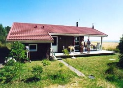 Holiday home. Built in 1997. Situated on a 5500 qm site. Sea view from house and site. The house is heated by electricity. 1 bathroom with shower. 1 toilet. At least one bathroom with heated floor. Fr ...