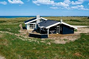 Holiday home. Built in 2002. Situated on a 3000 qm site. Sea view from house and site. The house is heated by electricity. 2 bathrooms with shower. 2 toilets. At least one bathroom with heated floor.  ...