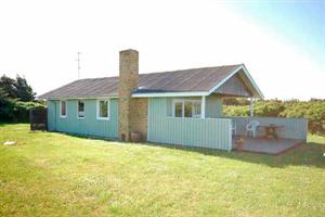 Holiday home. Built in 1972. Renovated in 2009. Situated on a 1400 qm site. The house is heated by electricity. 1 bathroom with shower. 1 toilet. At least one bathroom with heated floor. Freezer. Oven ...