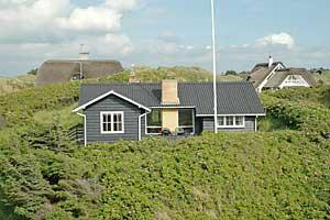 Holiday home. Built in 1949. Situated on a 6400 qm site. Sea view from the site. The house is heated by electricity. 1 bathroom with shower. 2 toilets. At least one bathroom with heated floor. Dish wa ...