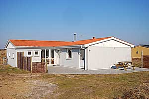 Holiday home. Built in 1967. Renovated in 2000. Situated on a 1200 qm site. The house is heated by electricity. 1 bathroom with shower. 2 toilets. At least one bathroom with heated floor. Freezer. Mic ...