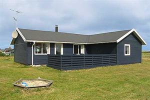 Holiday home. Built in 1985. Situated on a 815 qm site. The house is heated by electricity. 1 bathroom with shower. 1 toilet. Freezer. Woodburning stove. Stereo set. CD. Digital satellite dish. Video. ...