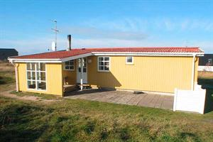 Holiday home. Renovated in 1998. Situated on a 1000 qm site. The house is heated by electricity. 1 bathroom with shower. 1 toilet. Freezer. Microwave oven. Oven/minioven. Woodburning stove. Stereo set ...