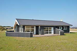 Holiday home. Built in 2006. Situated on a 1200 qm site. The house is heated by electricity. 1 bathroom with shower. 2 toilets. At least one bathroom with heated floor. Freezer. Microwave oven. Dish w ...