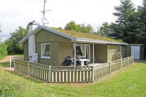 Holiday home. Built in 1978. Renovated in 2010. Situated on a 2500 qm site. The house is heated by electricity. 1 bathroom with shower. 1 toilet. At least one bathroom with heated floor. Freezer. Micr ...
