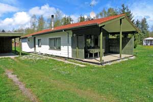 Holiday home. Built in 1979. Renovated in 2000. Situated on a 1250 qm site. The house is heated by electricity. 1 bathroom with shower. 1 toilet. At least one bathroom with heated floor. Freezer. Micr ...
