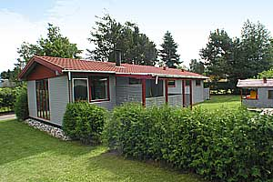 Holiday home. Built in 1973. Renovated in 1998. Situated on a 800 qm site. The house is heated by electricity. 2 bathrooms with shower. 2 toilets. At least one bathroom with heated floor. Freezer. Mic ...