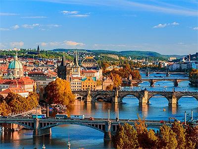 Vidunderlige Prag med de smukke broer. - 371