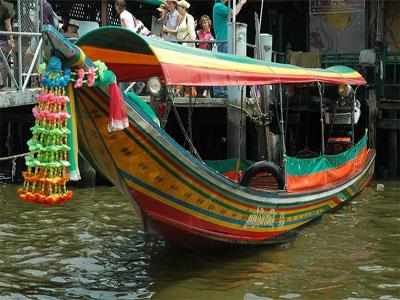 Flodtaxi på Chao Phraya floden - 40